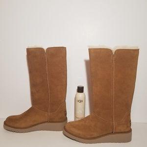 NWOT Koolaburra by UGG Classic Slim Tall Boots